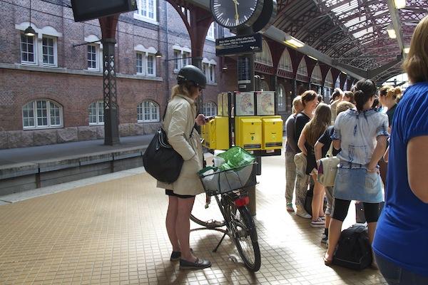 esperar comboio