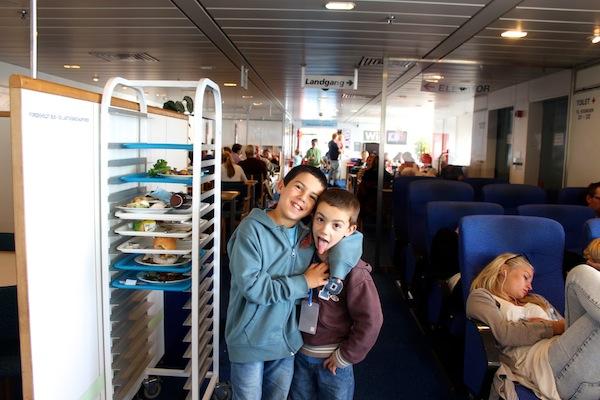 ferry na Dinamarca