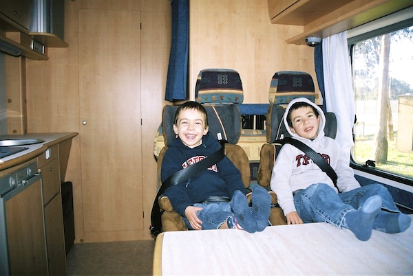 autocaravana, viajar em familia